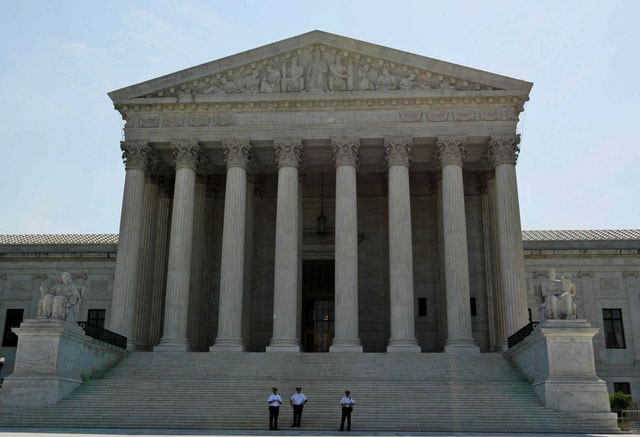 Supreme Court refuses to block Texas abortion law