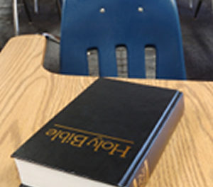 Students Bring Bibles to School in Protest…