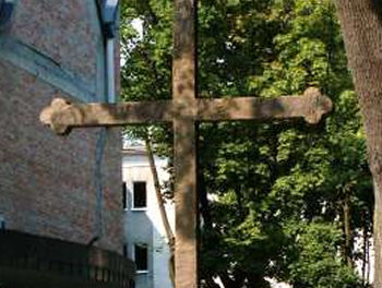 Huckabee and American Ministers Invigorated by the Power of the Cross in Poland, Seek to Harness that Power in America