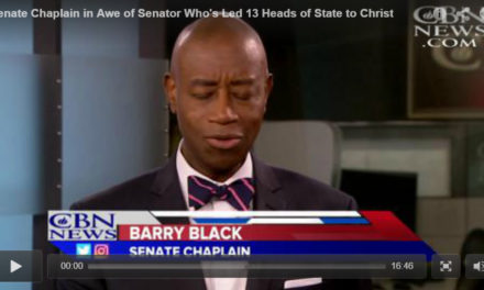 Senate Chaplain in Awe of Senator Who's Led 13 Heads of State to Christ